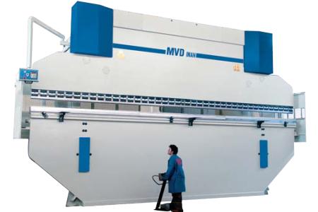Гидравлический листогиб — 8 метровый, 500 тонн HAP 8/500