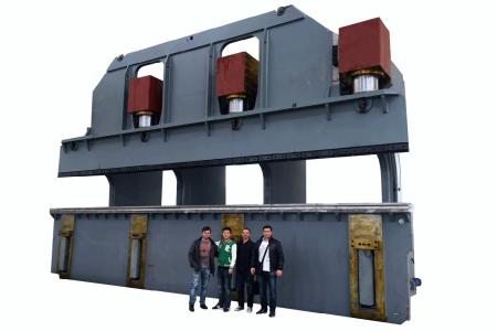 Гидравлический листогиб моноблок — 12 метров, 1600т. CNC 1200/1600